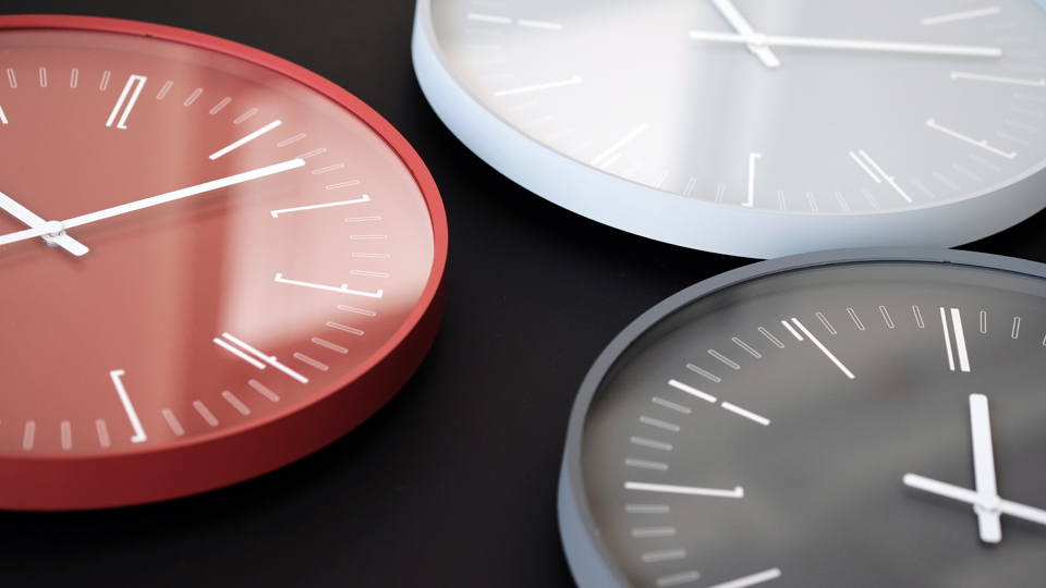 Draw wall clock designed by Kazuya Koike for Lemnos Inc.