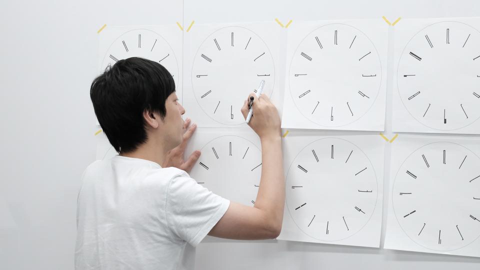 Draw wall clock designed by Kazuya Koike for Lemnos Inc.